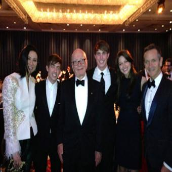 https://www.indiantelevision.com/sites/default/files/styles/340x340/public/images/tv-images/2015/09/15/Murdoch-Wendi.jpg?itok=bdQzdosI