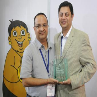https://www.indiantelevision.com/sites/default/files/styles/340x340/public/images/tv-images/2015/10/12/Licensor%20of%20the%20Year%20Award.jpg?itok=FJbiQEUq