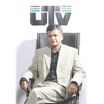 http://www.indiantelevision.com/sites/default/files/styles/340x340/public/images/tv-images/2015/12/17/Shantonu%20Aditya.jpg?itok=dXgALS4Q