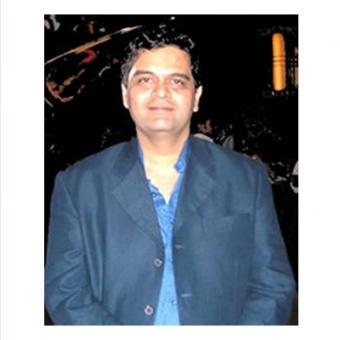 https://www.indiantelevision.com/sites/default/files/styles/340x340/public/images/tv-images/2015/12/21/Rahul%20Welde.jpg?itok=u2VUeFYX