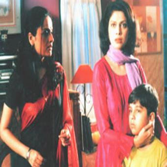 http://www.indiantelevision.com/sites/default/files/styles/340x340/public/images/tv-images/2015/12/30/Untitled-1_13.jpg?itok=AQc9w4pm
