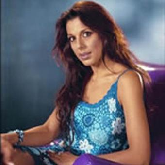 https://www.indiantelevision.com/sites/default/files/styles/340x340/public/images/tv-images/2016/04/19/Pooja-Bedi.jpg?itok=1ebNWHrb