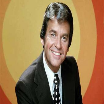 http://www.indiantelevision.com/sites/default/files/styles/340x340/public/images/tv-images/2016/04/29/dick%20clark.jpg?itok=Z34FTLQs