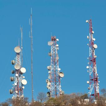 https://www.indiantelevision.com/sites/default/files/styles/340x340/public/images/tv-images/2016/06/07/telecom-tower.jpg?itok=JSqYCP3s