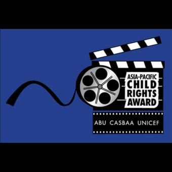 https://www.indiantelevision.com/sites/default/files/styles/340x340/public/images/tv-images/2016/06/17/child%20rights%20award.jpg?itok=uHjuO0pw
