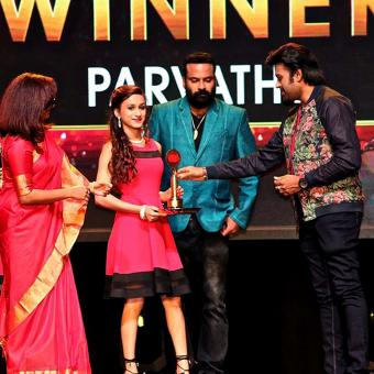https://www.indiantelevision.com/sites/default/files/styles/340x340/public/images/tv-images/2016/07/14/European%20Malayalam%20Anand%20TV%20Film%20awards.jpg?itok=2Cn9FdxV