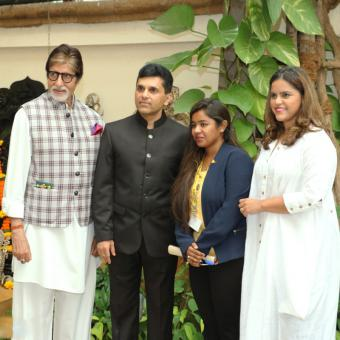 https://www.indiantelevision.com/sites/default/files/styles/340x340/public/images/tv-images/2016/09/06/Amitabh.jpg?itok=E0t55aU4