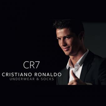 http://www.indiantelevision.com/sites/default/files/styles/340x340/public/images/tv-images/2016/10/19/Cristiano%20Ronaldo.jpg?itok=SSzi7kIz