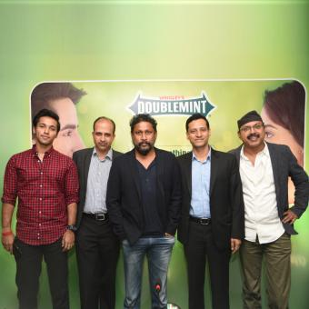 https://www.indiantelevision.com/sites/default/files/styles/340x340/public/images/tv-images/2016/10/22/Wrigley%27s-Doublemint-Mints-TVC.jpg?itok=fNmnK1Yi