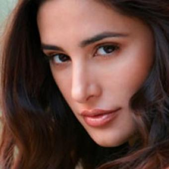 http://www.indiantelevision.com/sites/default/files/styles/340x340/public/images/tv-images/2016/10/27/Nargis%20Fakhri.jpg?itok=i95v7wYZ