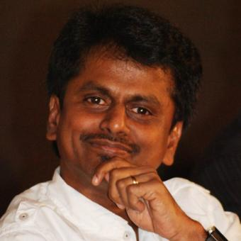 http://www.indiantelevision.com/sites/default/files/styles/340x340/public/images/tv-images/2016/10/28/A%20R%20Murugadoss.jpg?itok=A2md8Yn1