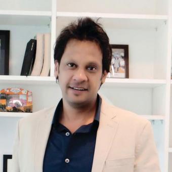 https://www.indiantelevision.com/sites/default/files/styles/340x340/public/images/tv-images/2016/11/08/pankaj-krishna-800x800.jpg?itok=VG8l5LNl