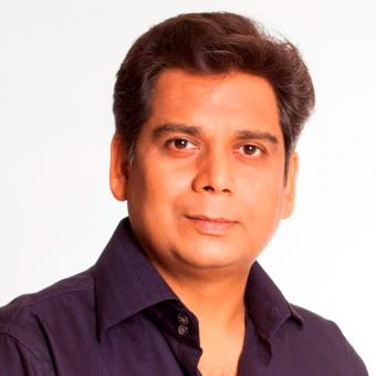 https://www.indiantelevision.com/sites/default/files/styles/340x340/public/images/tv-images/2016/11/10/naveen-800x800.jpg?itok=TgEPYbOe