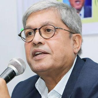 https://www.indiantelevision.com/sites/default/files/styles/340x340/public/images/tv-images/2016/11/25/dileep-padgaonkar-800x800.jpg?itok=9BSQlBb5