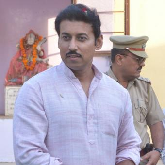 https://www.indiantelevision.com/sites/default/files/styles/340x340/public/images/tv-images/2016/11/26/Rajyavardhan%20Rathore.jpg?itok=DIhkA7Ep