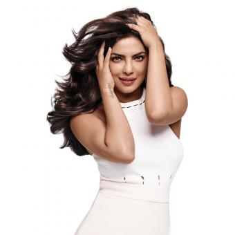 https://www.indiantelevision.com/sites/default/files/styles/340x340/public/images/tv-images/2016/12/21/Priyanka-Chopra.jpg?itok=84C90zix