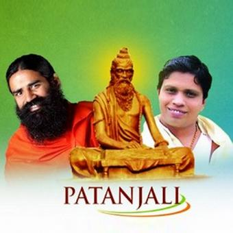 https://www.indiantelevision.com/sites/default/files/styles/340x340/public/images/tv-images/2017/01/06/Patanjali%26Baba.jpg?itok=LQeAIbyw