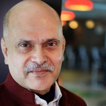 https://www.indiantelevision.com/sites/default/files/styles/340x340/public/images/tv-images/2017/01/10/raghav-bahl-800x800.jpg?itok=X51ToM2k