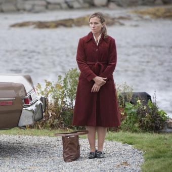 https://www.indiantelevision.com/sites/default/files/styles/340x340/public/images/tv-images/2017/02/03/Olive-Kitteridge1.jpg?itok=812HJF8N