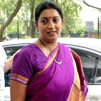 https://www.indiantelevision.com/sites/default/files/styles/340x340/public/images/tv-images/2017/08/18/Smriti-Irani.jpg?itok=Wx8LLy-y