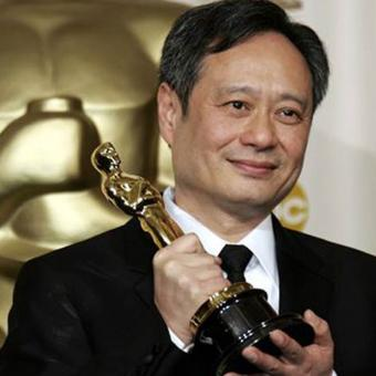 https://www.indiantelevision.com/sites/default/files/styles/340x340/public/images/tv-images/2017/08/22/ang-lee.jpg?itok=UfHygXFj