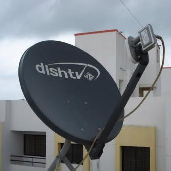 https://www.indiantelevision.com/sites/default/files/styles/340x340/public/images/tv-images/2017/08/26/DISH_TV.jpg?itok=PhHgDlrh