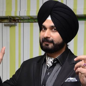 https://www.indiantelevision.com/sites/default/files/styles/340x340/public/images/tv-images/2017/10/17/Navjot%20Singh%20Sidhu-800x800.jpg?itok=QStsqARR