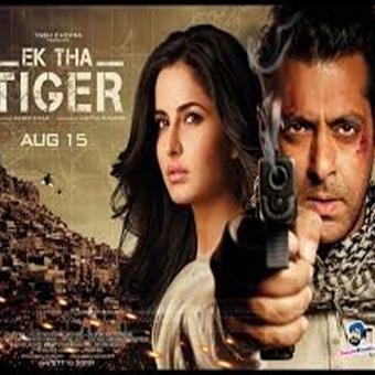 https://www.indiantelevision.com/sites/default/files/styles/340x340/public/images/tv-images/2017/11/02/tiger.jpg?itok=tVS0c3wd