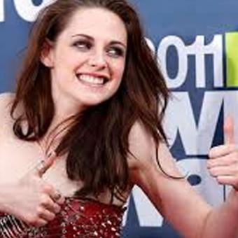 http://www.indiantelevision.com/sites/default/files/styles/340x340/public/images/tv-images/2017/11/22/kristen.jpg?itok=0M5qGVjB