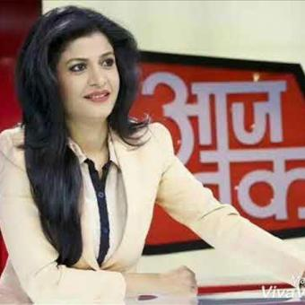 http://www.indiantelevision.com/sites/default/files/styles/340x340/public/images/tv-images/2017/11/29/aaj-tak.jpg?itok=L8W7wosw