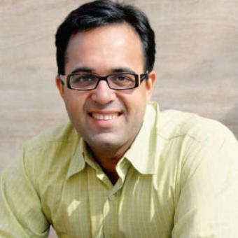 https://www.indiantelevision.com/sites/default/files/styles/340x340/public/images/tv-images/2017/12/15/Sunil-Punjabi.jpg?itok=TNC0QPOP