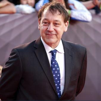 http://www.indiantelevision.com/sites/default/files/styles/340x340/public/images/tv-images/2017/12/21/Sam-Raimi.jpg?itok=t_yRNuCw