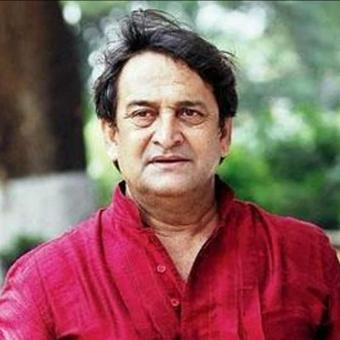 https://www.indiantelevision.com/sites/default/files/styles/340x340/public/images/tv-images/2017/12/23/Mahesh-Manjrekar.jpg?itok=4vhG7svZ