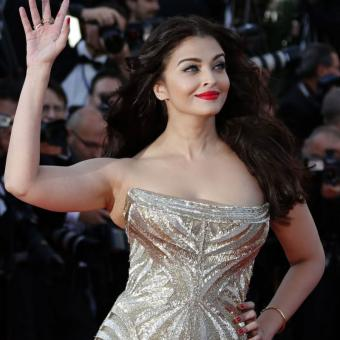 https://www.indiantelevision.com/sites/default/files/styles/340x340/public/images/tv-images/2017/12/26/cannes.jpg?itok=1dmMgaSp