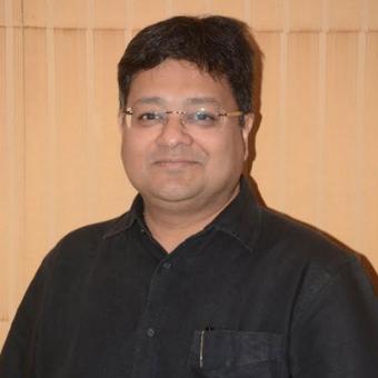 http://www.indiantelevision.com/sites/default/files/styles/340x340/public/images/tv-images/2017/12/27/vishal.jpg?itok=sNz8n2kI