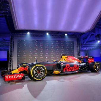 https://www.indiantelevision.com/sites/default/files/styles/340x340/public/images/tv-images/2018/01/17/Formula-One_red_bull_0.jpg?itok=OXxtNiMV
