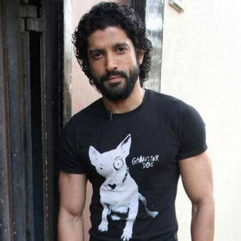 https://www.indiantelevision.com/sites/default/files/styles/340x340/public/images/tv-images/2018/01/18/Farhan-Akhtar.jpg?itok=LSMNEoGq