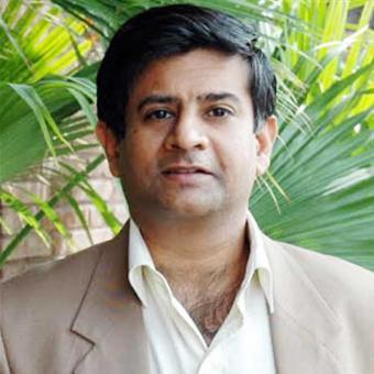 https://www.indiantelevision.com/sites/default/files/styles/340x340/public/images/tv-images/2018/01/23/Salil_Kapoor.jpg?itok=J_r2orXa
