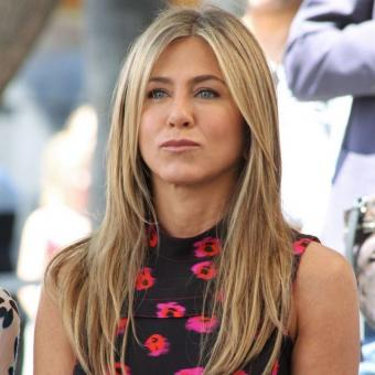 https://www.indiantelevision.com/sites/default/files/styles/340x340/public/images/tv-images/2018/02/07/Jennifer-Aniston.jpg?itok=pV7A6HXy