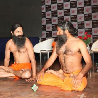 https://www.indiantelevision.com/sites/default/files/styles/340x340/public/images/tv-images/2018/02/07/ramdev.jpg?itok=8xgwkrcl