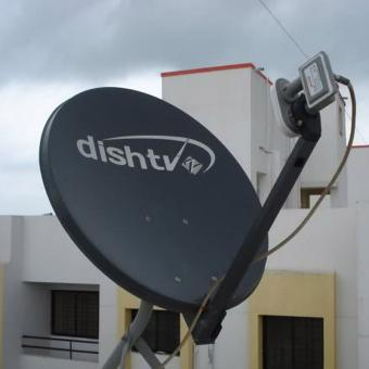 https://www.indiantelevision.com/sites/default/files/styles/340x340/public/images/tv-images/2018/02/15/DISH_TV.jpg?itok=Nh4qN0nA