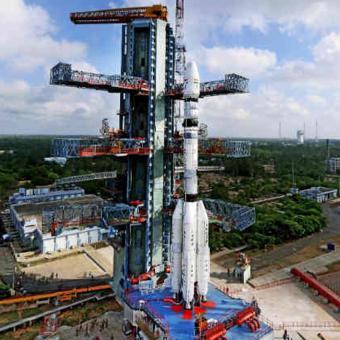 https://www.indiantelevision.com/sites/default/files/styles/340x340/public/images/tv-images/2018/03/27/isro.jpg?itok=7rzxe8FM