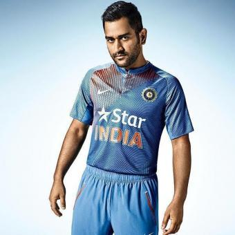 https://www.indiantelevision.com/sites/default/files/styles/340x340/public/images/tv-images/2018/03/30/M%20S%20Dhoni.jpg?itok=cdiBhbNF