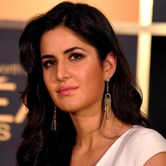https://www.indiantelevision.com/sites/default/files/styles/340x340/public/images/tv-images/2018/04/04/Katrina-Kaif.jpg?itok=zuXOfgTN