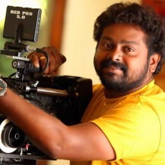 https://www.indiantelevision.com/sites/default/files/styles/340x340/public/images/tv-images/2018/04/11/Saji-Surendran.jpg?itok=_LUb6WYl