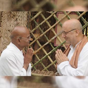 https://www.indiantelevision.com/sites/default/files/styles/340x340/public/images/tv-images/2018/04/16/Welcome-Back-Gandhi.jpg?itok=rD7pILfN