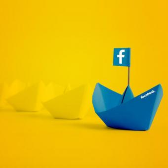 http://www.indiantelevision.com/sites/default/files/styles/340x340/public/images/tv-images/2018/04/18/Facebook.jpg?itok=aReIlxwj