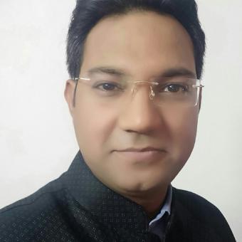 https://www.indiantelevision.com/sites/default/files/styles/340x340/public/images/tv-images/2018/04/19/vivek.jpg?itok=yT4UztSR