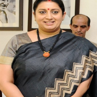 https://www.indiantelevision.com/sites/default/files/styles/340x340/public/images/tv-images/2018/05/14/smriti.png?itok=RjXd2kYD