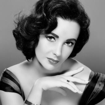 https://www.indiantelevision.com/sites/default/files/styles/340x340/public/images/tv-images/2018/05/16/Elizabeth-Taylor.jpg?itok=TSOEHhnm